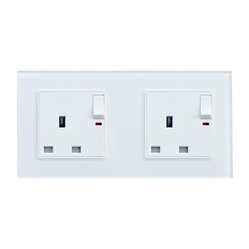Dual Voltage Shaving Socket Outlet (Black) | QLITE Direct